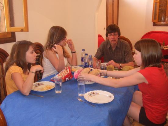 Jean-Louis,Claire,Marianne, et Lara - Avril 2008