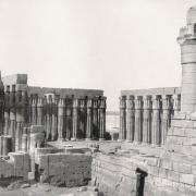 Le temple de Louxor - Cour d'aménophis III