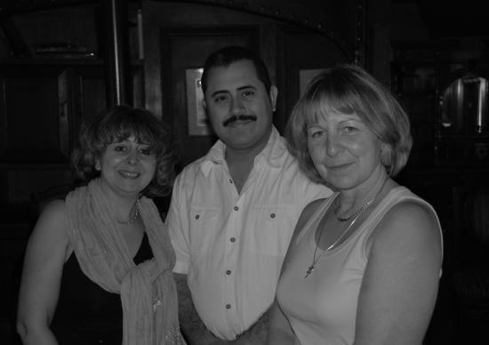 Marie, amir Atteia le directeur du Sudan et Marie-Claire.