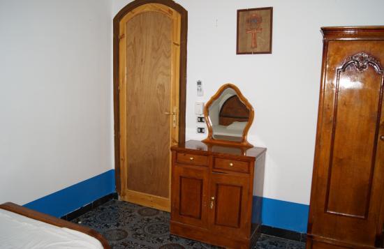 Chambre 2 avec deux lits