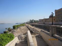 Route de Karnak.