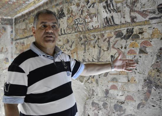 Mr. mamdouh el-dalmaty - la tombe de huy (TT40)