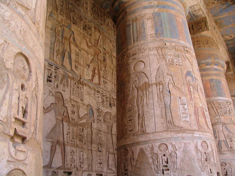 Le temple a gardé ses magnifiques couleurs.