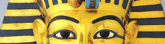 Masque d'or, spécimen unique de l'art antique, avec une expression tri