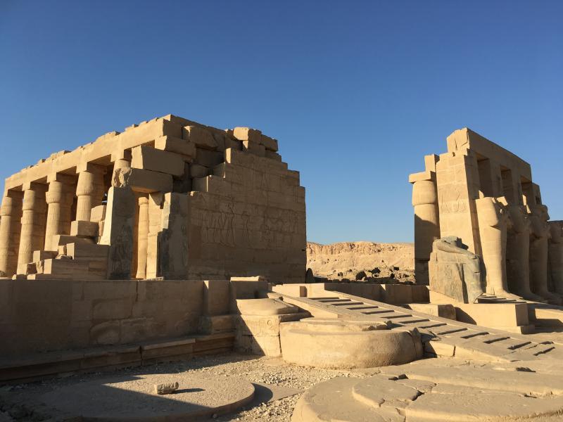 2ème cour du Ramesseum - octobre 2016
