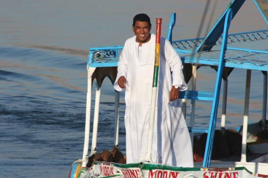 Mohamed à bord d'un Motorboat