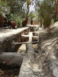 Travaux devant le temple de Ramsès III