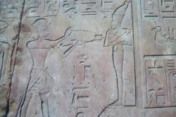 fumigations par Hatchepsout - la colonnade d'Amenhotep III