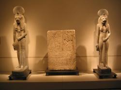 Deux statues de Sekhmet.