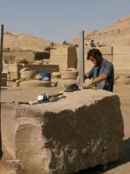 Eric - Tailleur de Pierre - Le Ramesseum