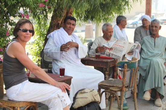 Café en bord du Nil de la rive Ouest de Louxor.