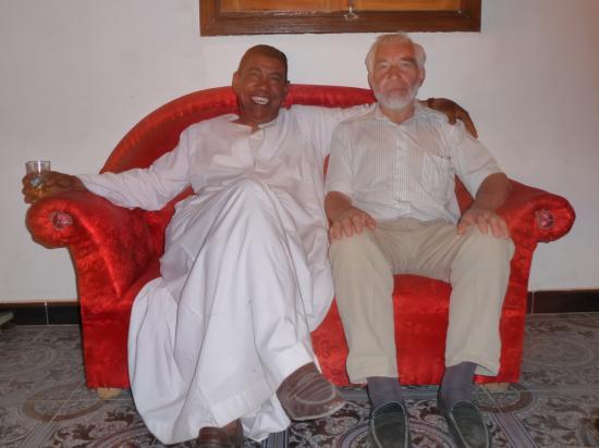 Mohamed et Philippe dans le salon de Cléopâtre.