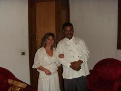 Cathy et Chazli dans la suite Cléopâtre de la villa KV1 de Louxor.