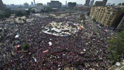 Des milliers d'opposants Mohamed Morsi reunis place Tahrir le 30 juin 2013