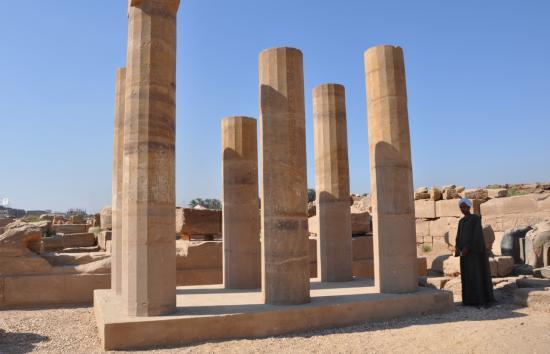 Colonnade protodorique