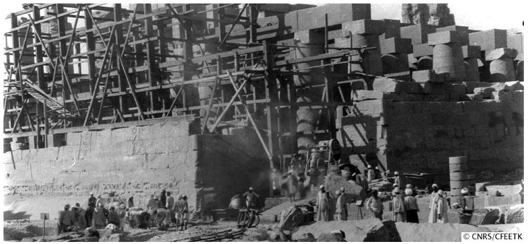 Salle Hypostyle de Karnak en travaux