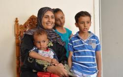 Heba, épouse de Nobi et leurs enfants, petits-enfants d'Hussein