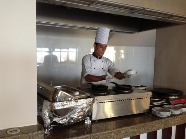 Préparation de votre omelette ou de vos crêpes