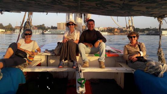 Felouque sur le Nil avec Edith, Jeannie et Nicole.