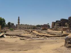 Mise à jour de la grande allée des Sphinx - Aout 2008