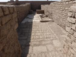 Allée entre STN et STO - Ramesseum