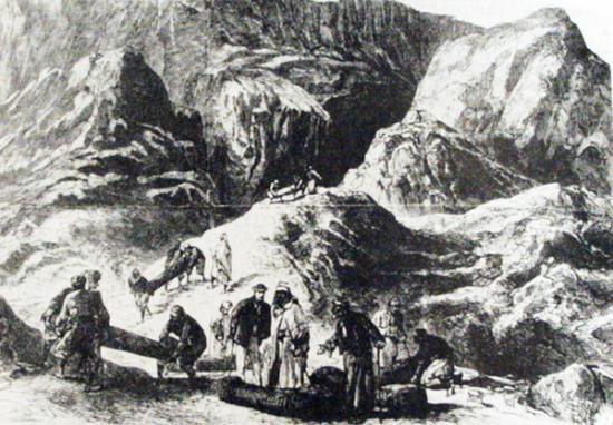 C'est un long cortège funéraire qui descend de Deir el Bahari ...